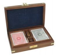 Box with 5 dice and playing cards