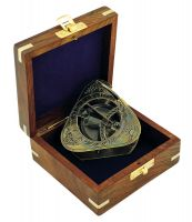 Sundial-compass