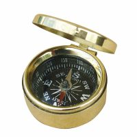 Small compass with lid